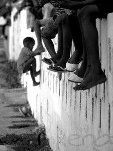 Children_on_a_Wall_by_nixenator